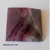 Пирамида от флуорит