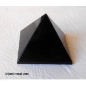Пирамида от оникс